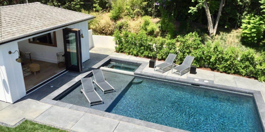 Encino Backyard with Pool