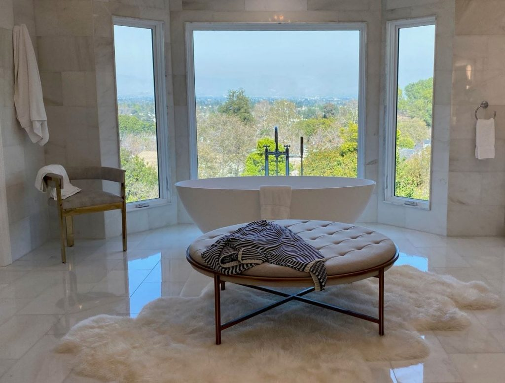 Beverly Hills bathroom with View