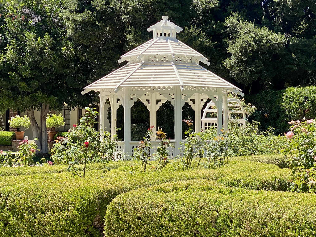 Orcutt Ranch Horticulture Center - Round Garden Gazebo